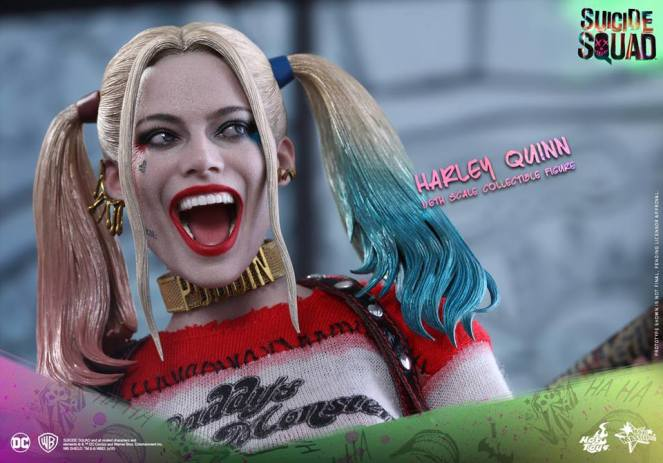Suicide Squad_Harley Quinn Collectible Figure (1)