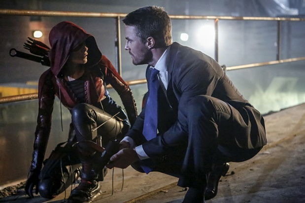 "Arrow -- ""Legacy"" -- Image AR501c_0003b --- Pictured (L-R): Willa Holland as Speedy and Stephen Amell as Oliver Queen -- Photo: Bettina Strauss/The CW -- © 2016 The CW Network, LLC. All Rights Reserved."