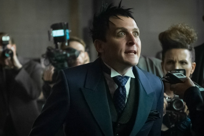 "GOTHAM: Robin Lord Taylor in the ""Mad City: Better to Reign in Hell…"" season premiere episode of GOTHAM airing airing Monday, Sept. 19 (8:00-9:01 PM ET/PT) on FOX.  ©2015 Fox Broadcasting Co. Cr: Jeff Neumann/FOX."