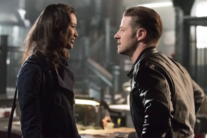 "GOTHAM: L-R: Guest star Jamie Chung and Ben McKenzie in the ""Mad City: Better to Reign in Hell…"" season premiere episode of GOTHAM airing airing Monday, Sept. 19 (8:00-9:01 PM ET/PT) on FOX.  ©2015 Fox Broadcasting Co. Cr: Jeff Neumann/FOX."