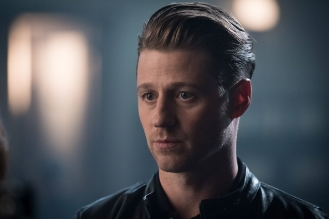 "GOTHAM: Ben McKenzie in the ""Mad City: Better to Reign in Hell…"" season premiere episode of GOTHAM airing airing Monday, Sept. 19 (8:00-9:01 PM ET/PT) on FOX.  ©2015 Fox Broadcasting Co. Cr: Jeff Neumann/FOX."