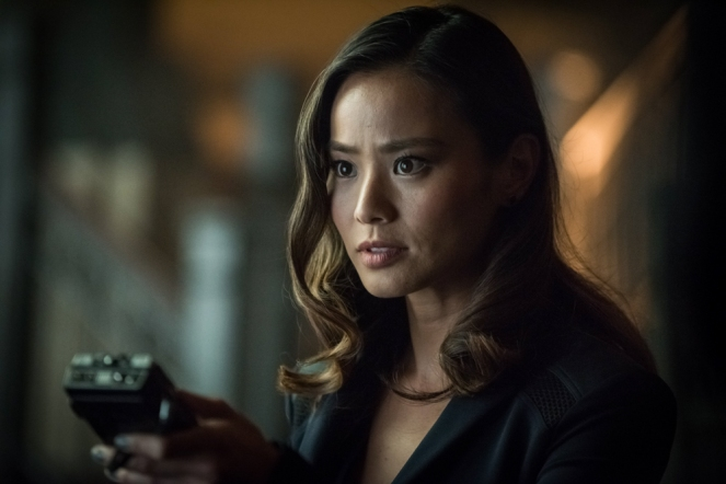 "GOTHAM: Guest star Jamie Chung in the ""Mad City: Better to Reign in Hell…"" season premiere episode of GOTHAM airing airing Monday, Sept. 19 (8:00-9:01 PM ET/PT) on FOX.  ©2015 Fox Broadcasting Co. Cr: Jeff Neumann/FOX."