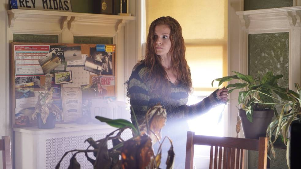 GOTHAM: Maggie Geha in the ÒMad City: Burn The WitchÓ episode of GOTHAM airing airing Monday, Sept. 26 (8:00-9:01 PM ET/PT) on FOX.  ©2016 Fox Broadcasting Co. Cr: Nicole Rivelli/FOX.