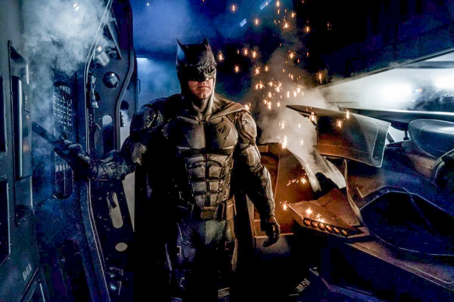 justice-league_first-look_tactical-batsuit_1