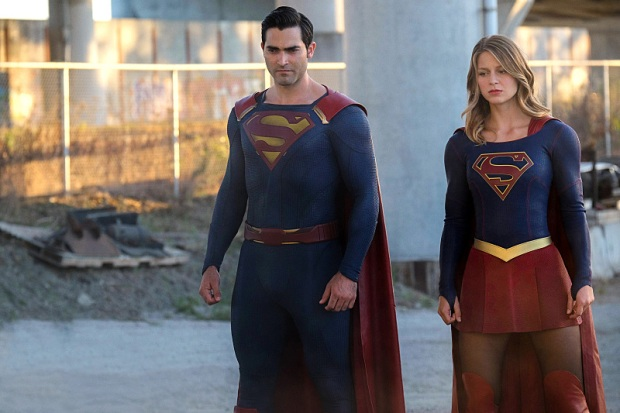 "Supergirl -- ""The Last Children of Krypton"" -- Image -- SPG202A_150r -- Pictured (L-R) Tyler Hoechlin as Superman and Melissa Benoist as Supergirl -- Photo: Robert Falconer/The CW -- © 2016 The CW Network, LLC. All Rights Reserved"