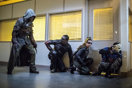 "Arrow -- ""Penance"" -- Image AR504a_0412b.jpg -- Pictured (L-R): Prometheus, Echo Kellum as Curtis Holt, Madison McLaughlin as Evelyn Sharp and Rick Gonzales as Rene Ramirez/Wild Dog -- Photo: Dean Buscher/The CW -- © 2016 The CW Network, LLC. All Rights Reserved."