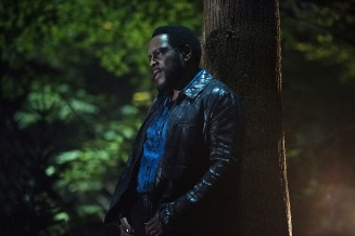 "Arrow -- ""Human Target"" -- Image AR505a_0326.jpg -- Pictured: Chad Coleman as Tobias Church -- Photo: Dean Buscher/The CW -- © 2016 The CW Network, LLC. All Rights Reserved."