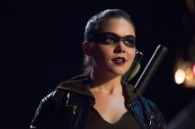 "Arrow -- ""Human Target"" -- Image AR505b_0139.jpg -- Pictured: Madison McLaughlin as Evelyn Sharp/Artemis -- Photo: Dean Buscher/The CW -- © 2016 The CW Network, LLC. All Rights Reserved."