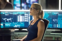 "Arrow -- ""Human Target"" -- Image AR505a_0175.jpg -- Pictured: Emily Bett Rickards as Felicity Smoak -- Photo: Dean Buscher/The CW -- © 2016 The CW Network, LLC. All Rights Reserved."