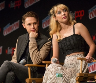 dirk-gently_nycc-2016-2