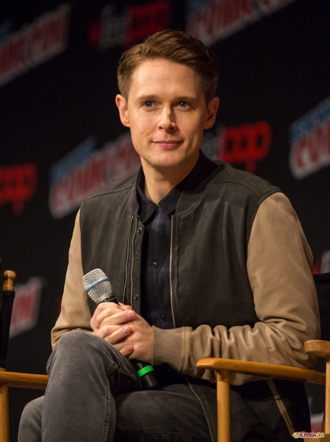 dirk-gently_nycc-2016-7