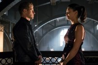 """GOTHAM: L-R: Benjamin McKenzie and Morena Baccarin in the""""Mad City: Anything For You"""" episode of GOTHAM airing Monday, Oct. 17 (8:00-9:01 PM ET/PT) on FOX. ©2016 Fox Broadcasting Co. Cr: Jeff Neumann/FOX."""