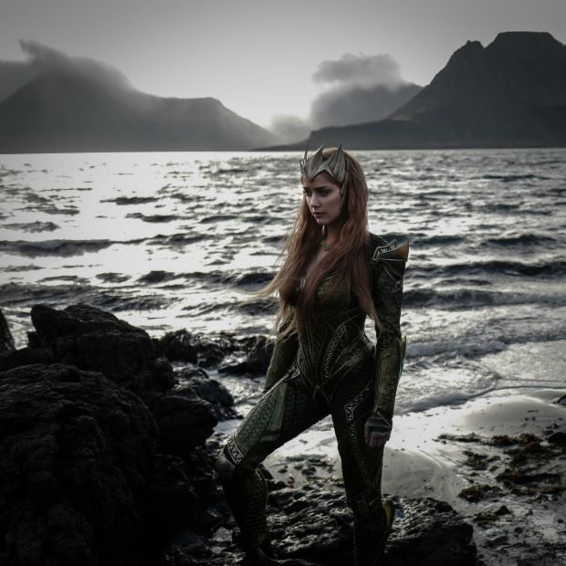 justice-league_first-look_amber-heard-as-mera