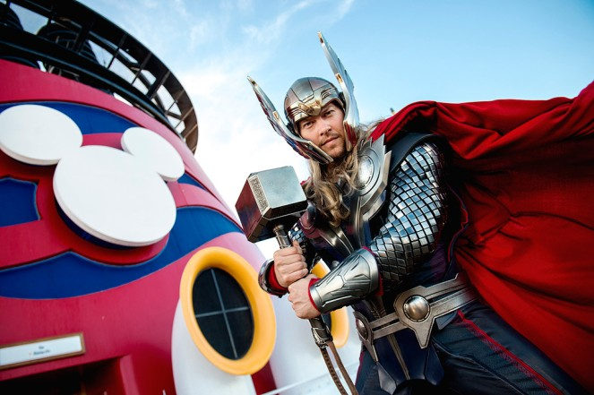 marvel-day-at-sea_thor
