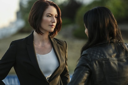 """Supergirl -- """"Welcome to Earth"""" -- Image SPG203b_0190 -- Pictured (L-R): Chyler Leigh as Alex Danvers and Floriana Lima as Maggie Sawyer -- Photo: Bettina Strauss/The CW -- © 2016 The CW Network, LLC. All Rights Reserved"""