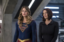 "Supergirl -- ""Welcome to Earth"" -- Image SPG203c_0144 -- Pictured (L-R): Melissa Benoist as Kara/Supergirl and Chyler Leigh as Alex Danvers -- Photo: Diyah Pera/The CW -- © 2016 The CW Network, LLC. All Rights Reserved"
