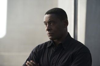 "Supergirl -- ""Welcome to Earth"" -- Image SPG203c_0235 -- Pictured: David Harewood as Hank Henshaw -- Photo: Diyah Pera/The CW -- © 2016 The CW Network, LLC. All Rights Reserved"