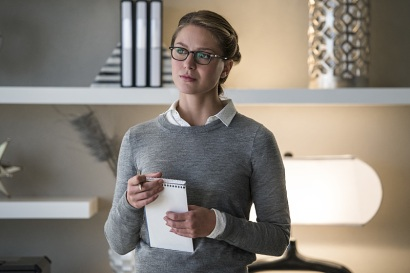 """Supergirl -- """"Welcome to Earth"""" -- Image SPG203a_0073 -- Pictured: Melissa Benoist as Kara/Supergirl -- Photo: Diyah Pera/The CW -- © 2016 The CW Network, LLC. All Rights Reserved"""