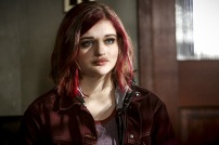 "The Flash -- ""Magenta"" -- Image: FLA303b_0117b.jpg -- Pictured: Joey King as Frankie Kane -- Photo: Bettina Strauss/The CW -- © 2016 The CW Network, LLC. All rights reserved."