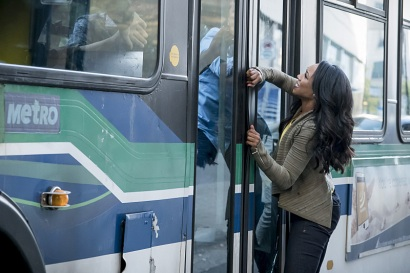 """The Flash -- """"Monster"""" -- Image FLA305a_0077b.jpg -- Pictured: Candice Patton as Iris West -- Photo: Katie Yu/The CW -- © 2016 The CW Network, LLC. All rights reserved."""