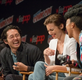 Pictured: Lauren Cohan, Steven Yeun and Sonequa Martin-Green. © 2016 GiGi Carrascosa/We Geek Girls. All rights reserved.