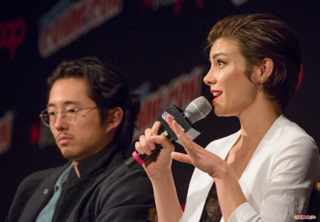 Pictured: Lauren Cohan and Steven Yeun. © 2016 GiGi Carrascosa/We Geek Girls. All rights reserved.