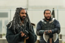 Khary Payton as Ezekiel, Cooper Andrews as Jerry - The Walking Dead _ Season 7, Episode 2 - Photo Credit: Gene Page/AMC