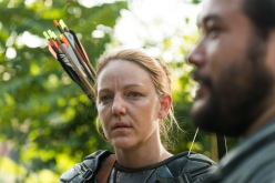 Cooper Andrews as Jerry, Kerry Cahill as Dianne - The Walking Dead _ Season 7, Episode 2 - Photo Credit: Gene Page/AMC