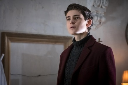 "GOTHAM: David Mazouz in the ""Mad City: Executioner"" episode of GOTHAM airing Monday, Nov. 14 (8:00-9:01 PM ET/PT) on FOX. ©2016 Fox Broadcasting Co. Cr: Jeff Neumann/FOX"