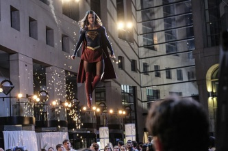 """Supergirl -- """"Crossfire"""" -- Image SPG205a_0145 -- Pictured: Melissa Benoist as Kara/Supergirl -- Photo: Robert Falconer /The CW -- © 2016 The CW Network, LLC. All Rights Reserved"""