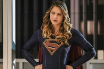 """Supergirl -- """"Crossfire"""" -- Image SPG205b_0169 -- Pictured: Melissa Benoist as Kara/Supergirl -- Photo: Robert Falconer /The CW -- © 2016 The CW Network, LLC. All Rights Reserved"""