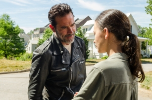 Christian Serratos as Rosita Espinosa, Jeffrey Dean Morgan as Negan - The Walking Dead _ Season 7, Episode 4 - Photo Credit: Gene Page/AMC