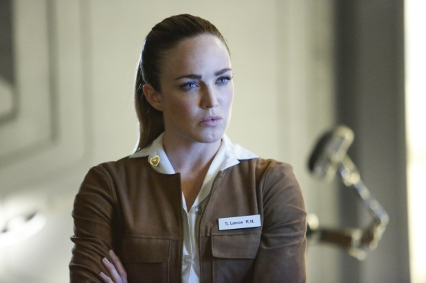 "DC's Legends of Tomorrow --""Raiders of the Lost Art""-- LGN209a_0255.jpg -- Pictured: Caity Lotz as Sara Lance/White Canary -- Photo: Bettina Strauss/The CW -- © 2017 The CW Network, LLC. All Rights Reserved"