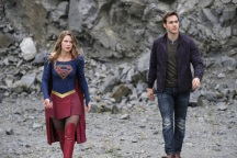 """Supergirl -- """"Supergirl Lives"""" -- Image SPG209a_0248.jpg -- Pictured (L-R): Melissa Benoist as Kara/Supergirl and Chris Wood as Mike/Mon-El -- Photo: Robert Falconer/The CW -- © 2017 The CW Network, LLC. All Rights Reserved"""