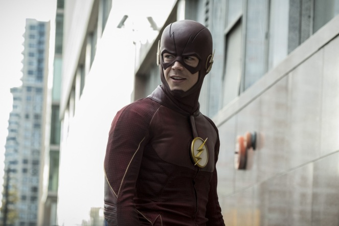"The Flash -- ""Borrowing Problems from the Future"" -- Image FLA310a_0096b.jpg -- Pictured: Grant Gustin as The Flash -- Photo: Katie Yu/The CW -- © 2016 The CW Network, LLC. All rights reserved."