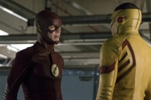 """The Flash -- """"Borrowing Problems from the Future"""" -- Image FLA310a_0154b.jpg -- Pictured (L-R): Grant Gustin as The Flash and Keiynan Lonsdale as Kid Flash -- Photo: Katie Yu/The CW -- © 2016 The CW Network, LLC. All rights reserved."""