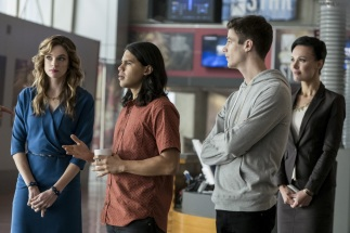 "The Flash -- ""Borrowing Problems from the Future"" -- Image FLA310b_0060b.jpg -- Pictured (L-R): Danielle Panabaker as Caitlin Snow, Carlos Valdes as Cisco Ramon, Grant Gustin as Barry Allen and Lindsay Maxwell as Olga -- Photo: Katie Yu/The CW -- © 2016 The CW Network, LLC. All rights reserved."