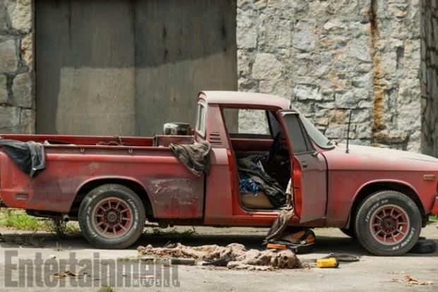 A Car and a Fallen Body